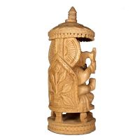 Soška Ganéša (Ganesh) dřevo 24 cm pod slunečníkem Indie
