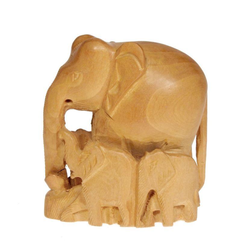 Soška Slon dřevo 10 cm se slůňaty hladký Indie