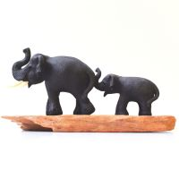 Soška Sloni na větvi I. Thajsko