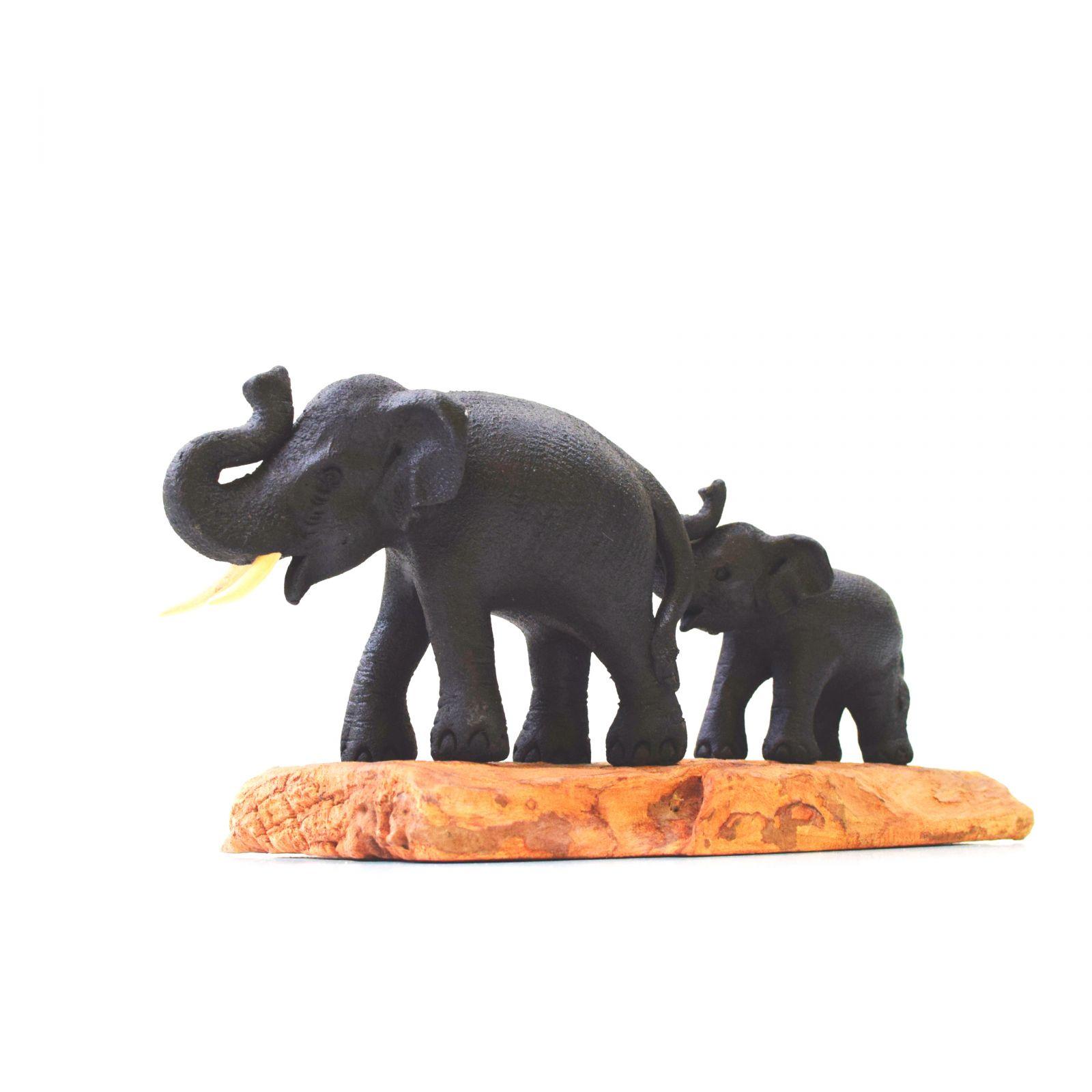 Soška Sloni na větvi