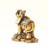 Soška Slon resin 9 cm s čínskými mincemi