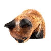 Soška Kočka dřevo hledící dolů 13 cm