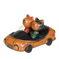 Soška Kočky v autě 10 cm žluté